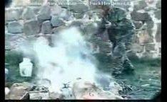Soldados fodendo e abusando na guerra de mulheres civis