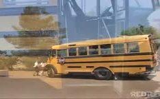 Novinhas fazendo muita sacanagem gostosinha fizeram sexo no ônibus