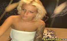 Tattoo Blonde Toys her Tight Pussy