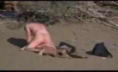 Sexo em público na praia