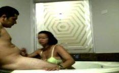 Comendo uma evangelica gostosa amadora na banheira