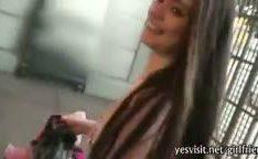 Namorada no elevador dando uma rapidinha em videos amadores