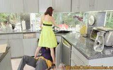 Encanadores negros comendo dona de casa madura