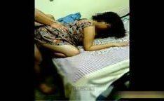 Dona de casa levando rola por trás caiu na net