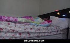 Novinha boa de cama queria pau grande na bucetinha
